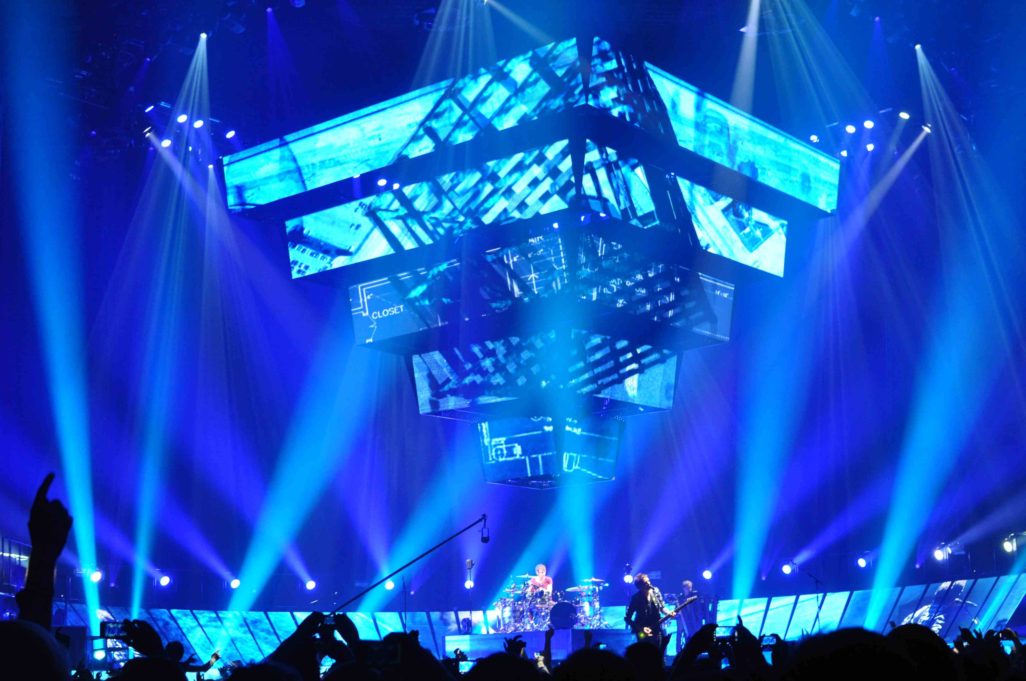 Muse 2nd law tour stage design 2
