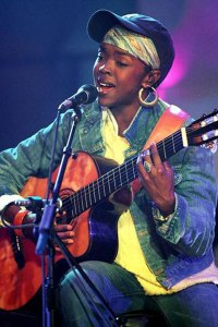 Lauryn at MTV 'Unplugged' special, 2001